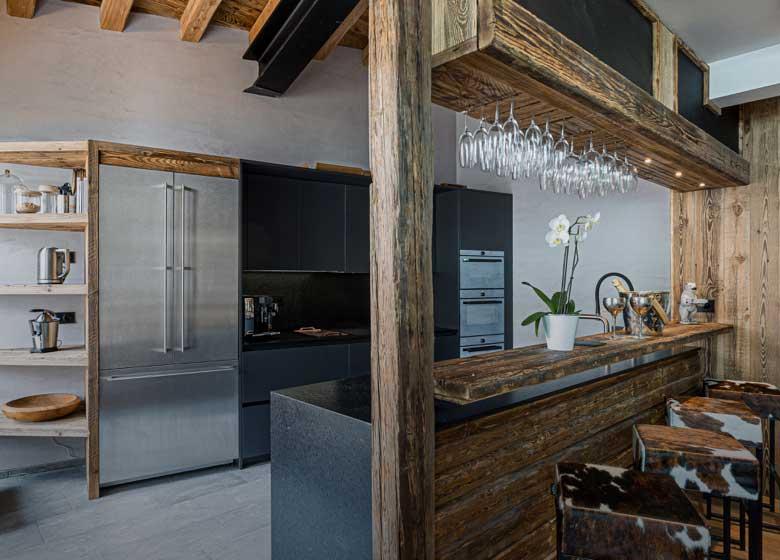 location luxe chalet prestige; Orca; Alpes Française; Val d'Isère chalet somptueux et spacieux; charme rustique; cuisine équipée, tout confort